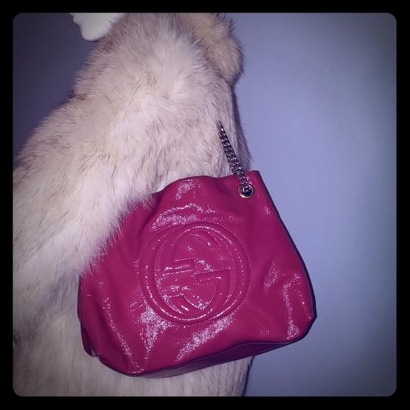 Gucci Handbags - Gucci Soho tote on chain bag